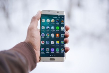 lancement application mobile smartphone