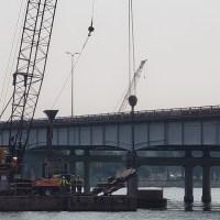 Crane lifting vibratory hammer_8.3.21