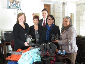 (from left to right) Patti-Anne Scrivens, Kit MacKinnon, Pierre Poilievre, MP for Nepean-Carleton, Hon. Leona Aglukkaq, Minister of Heath, and Elisapee Sheutiapik, former mayor of Iqaluit.