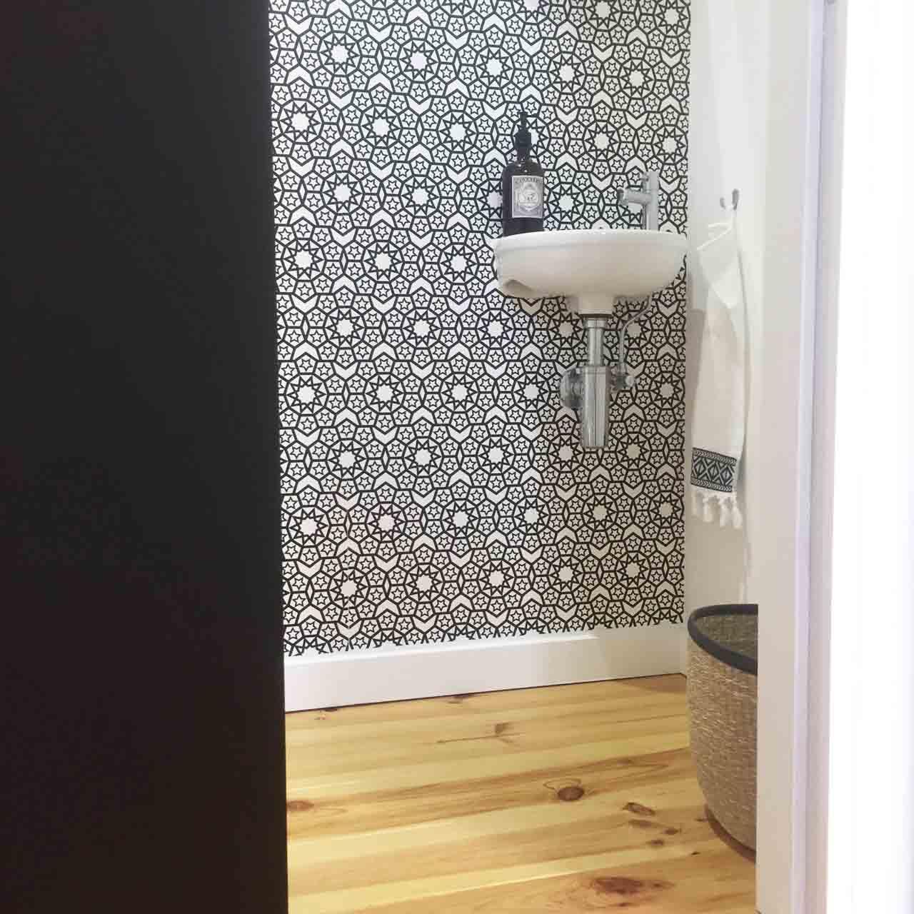 Deco Porte Interieure Wc   Deco Toilette Noir Et Blanc Idees ...