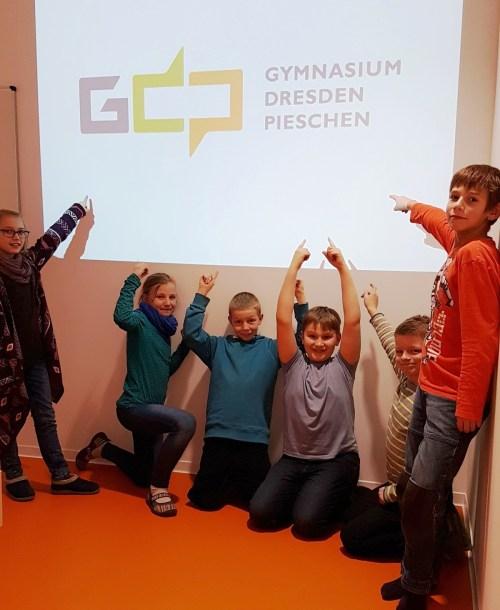 Gymnasium Pieschen Schülerrat mit Logo
