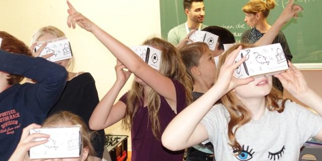 Gymnasium Pieschen VR Brillen 2504 5c