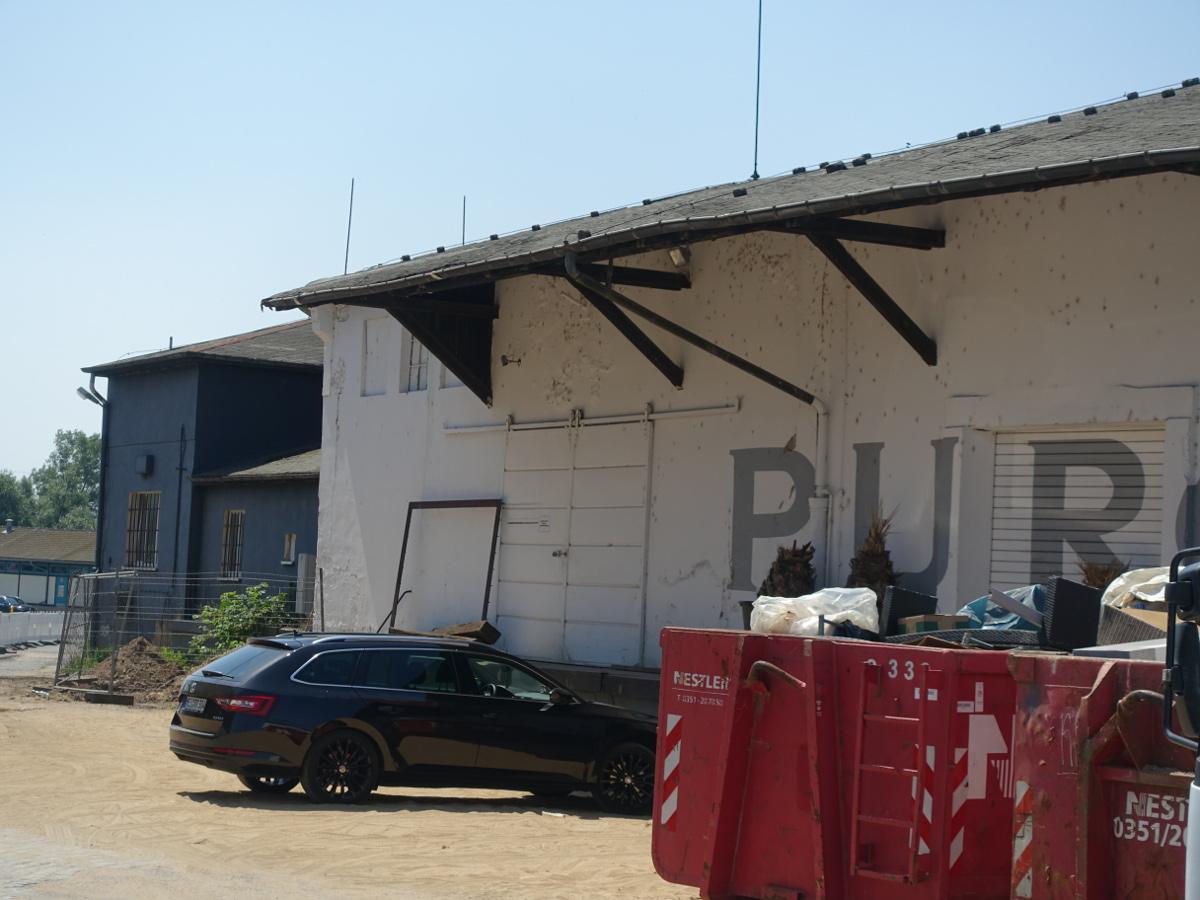 Purobeach Abriss Lagerhalle