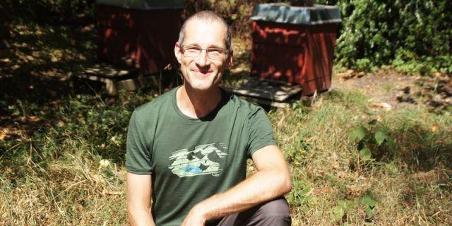 Heiko Tümmler ist seit neun Jahren neben seinem Beruf Imker in Alttrachau