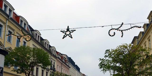 Ab Wann Weihnachtsbeleuchtung.Weihnachtsbeleuchtung Hängt In Der Oschatzer Straße Pieschen Aktuell