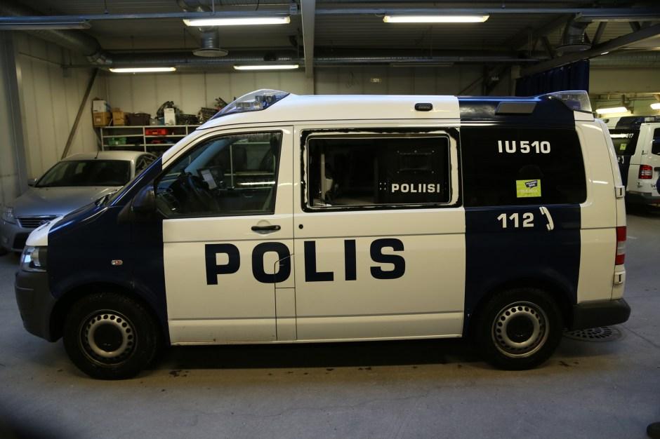 Ammuttu+poliisiauto