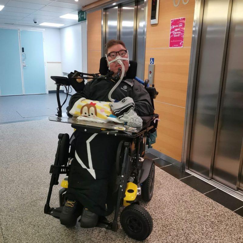 Kuva sairaalaan aulassa.