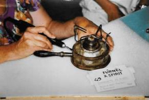 materiale etnografico, fornello ad alcol