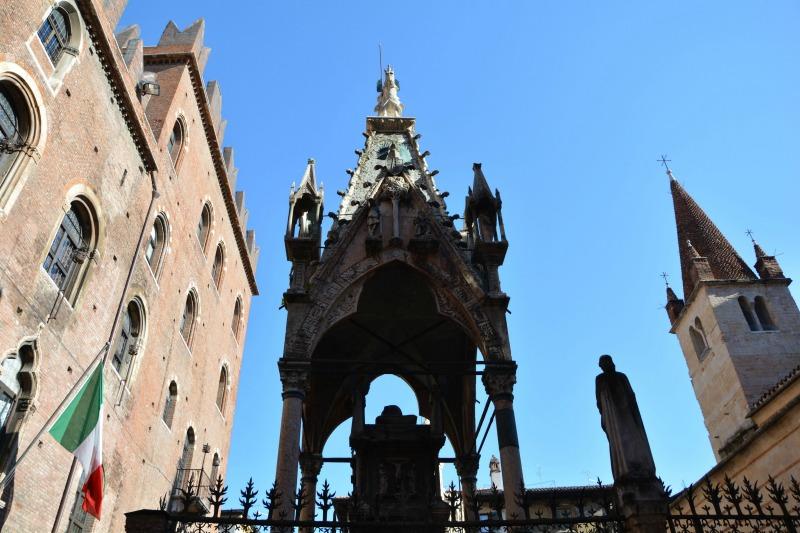 itinerario un giorno verona monumento arche scaligere
