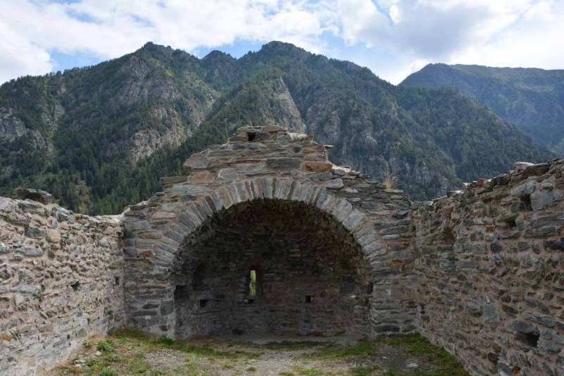 10 cose da fare in Val d'Ayas castello graines