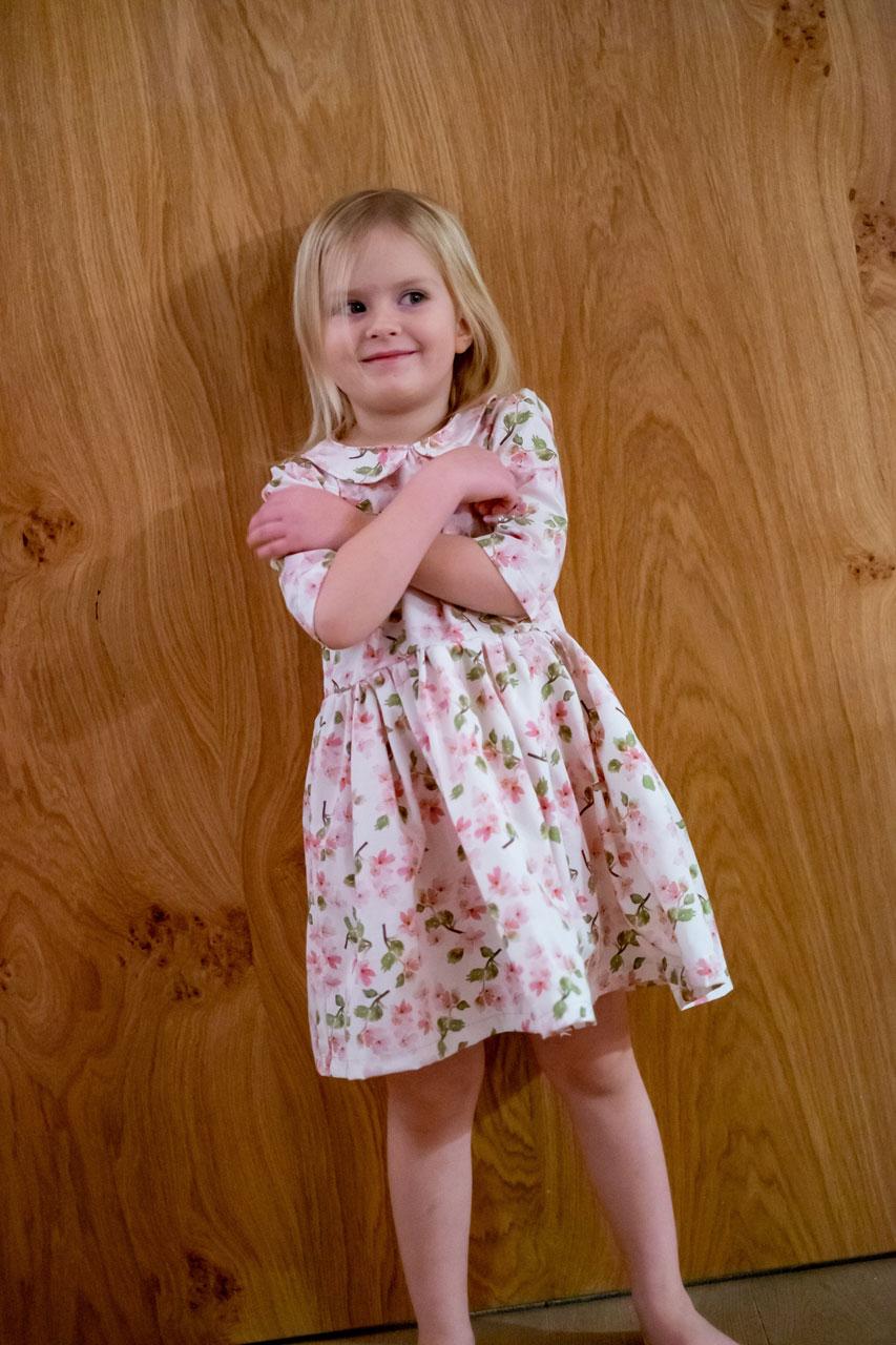 PiexSu-Kleid-Aurelie-Mädchen-Schnittmuster-nähanleitung-ebook-nähen-kleid-kinderkleid-mädchekleid01