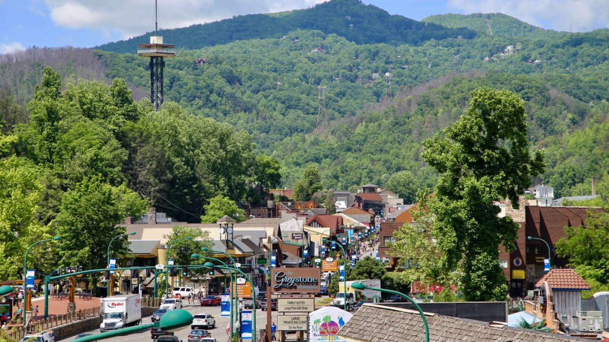 Awesome view of the Smokies, Downtown Gatlinburg, Gatlinburg Tennessee, Gatlinburg in the Smoky Mountains, Things to Do in Downtown Gatlinburg, Gatlinburg Springfest, Gatlinburg in the Summer, Gatlinburg Space Needle, Gatlinburg 2018