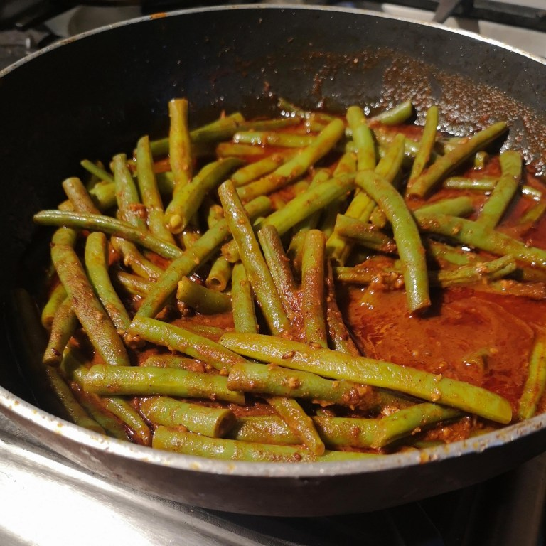 Tofu and French beans with chraimeh sauce | Yotam Ottolenghi (Ottolenghi Simple)