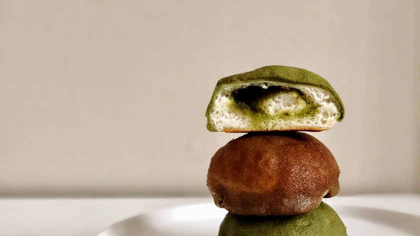 Mini Coffee & Matcha Roti Buns - pigoutyvr