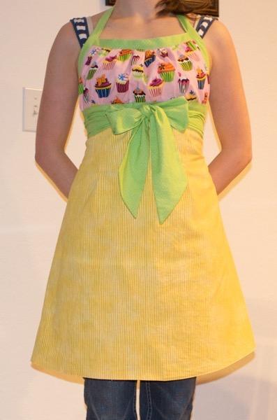 Emmeline apron finished 3565299741 o