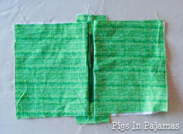 Green ditty bag zipper 11038947505 o