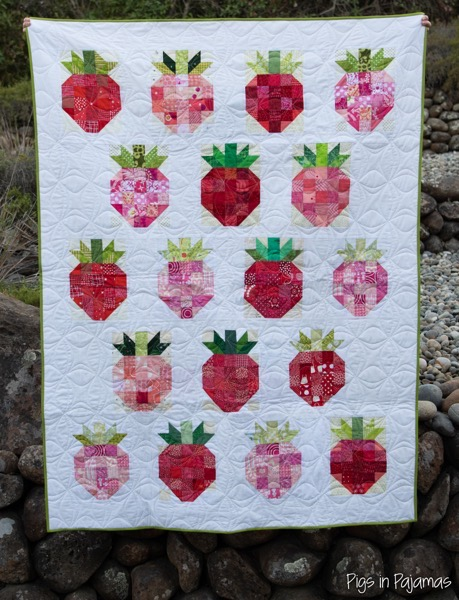 GraceCircleStrawberryQuilt 2
