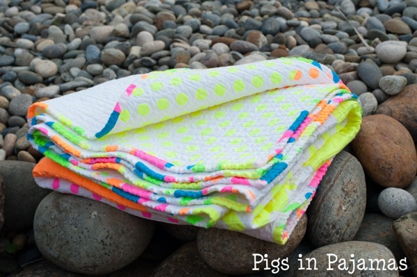 Neon quilt fold over 24054301210 o