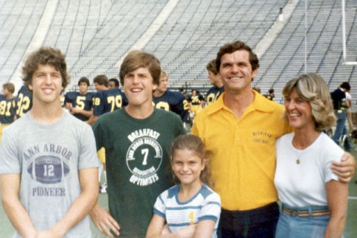 The Harbaughs 1977(Photo: SI.com)