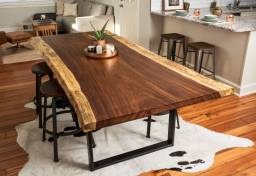Suarwood table, popular Indonesian furniture for import from Jepara