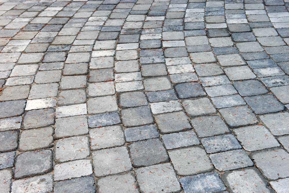 paving stone driveway detail