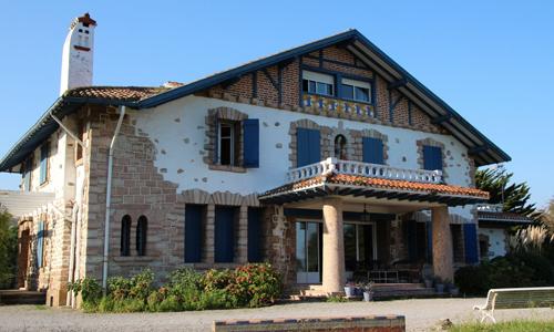 Caserio-Pikamendi-environment-zuloaga