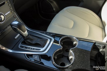 Ford S-MAX middle console