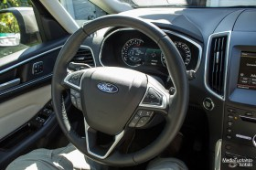 Ford S-MAX steering wheel