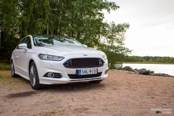 Mondeo front