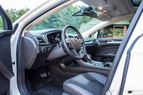 Mondeo front seats and dashboard