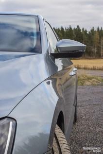 Skoda Superb side profile