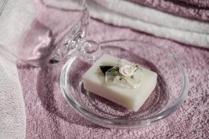 Pachnące mydełko do aromatycznej wspólnej kąpieli