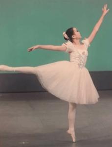 ayuchannel-classic-ballet-01