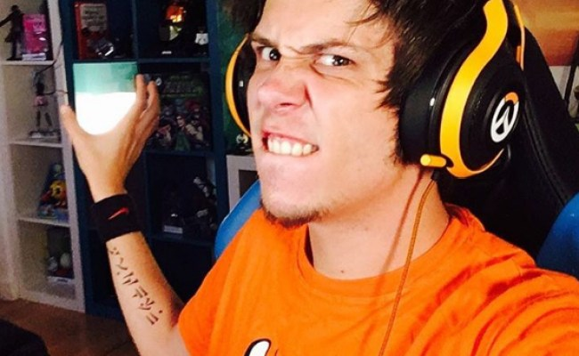 El Rubius Height Weight Body Measurements Celebrity Stats