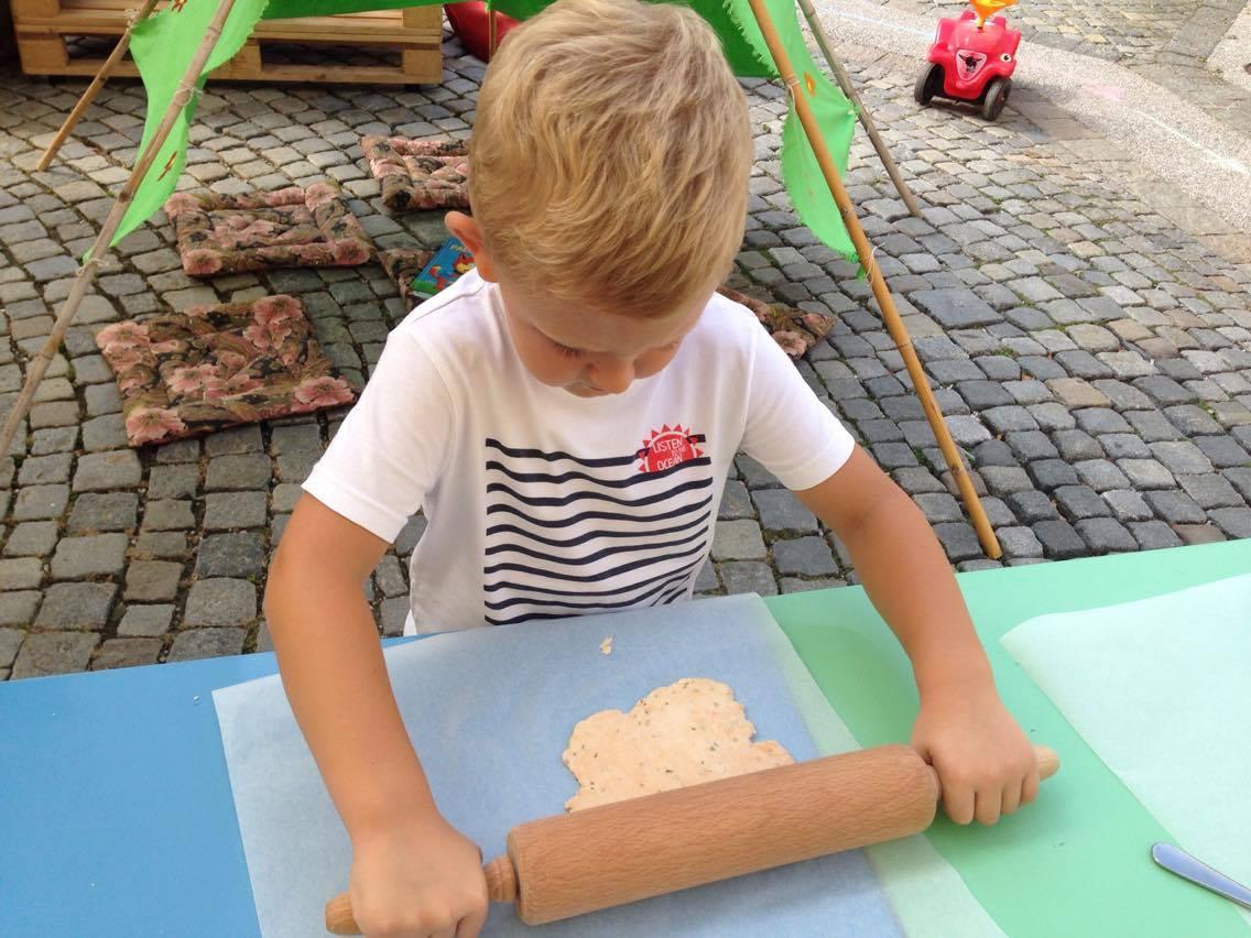 Kuhanje z otroki – užitek ali nočna mora?