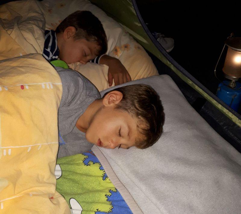 kampiranje-z-otroki