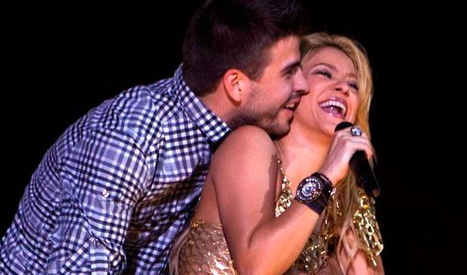 Gerard Pique and Shakira in a concert.