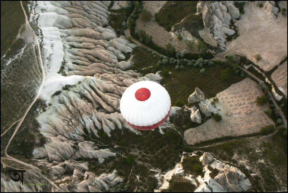 Hot air balloon ride in Cappadocia 3