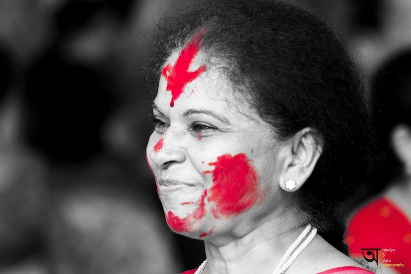 Sindoor Khela at Kolkata Durga Puja 2014 2 Red