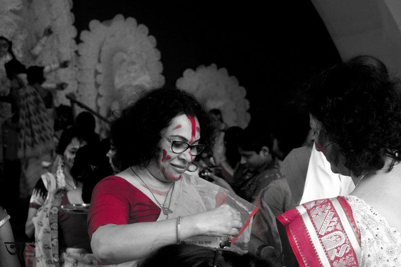 SIndoorKhela at Kolkata Durga Puja 2014 1 Red