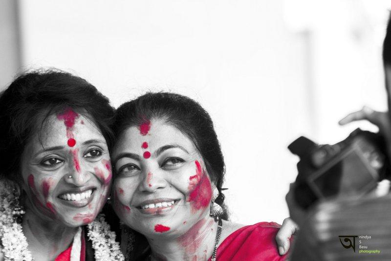 Sindoor Khela at Kolkata Durga Puja 2014 6