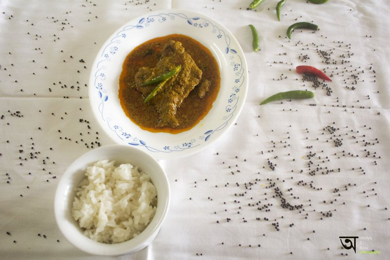 Hot and spicy Pomphret fish curry 5