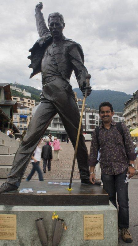 Freddie Mercury Statue in Montruex