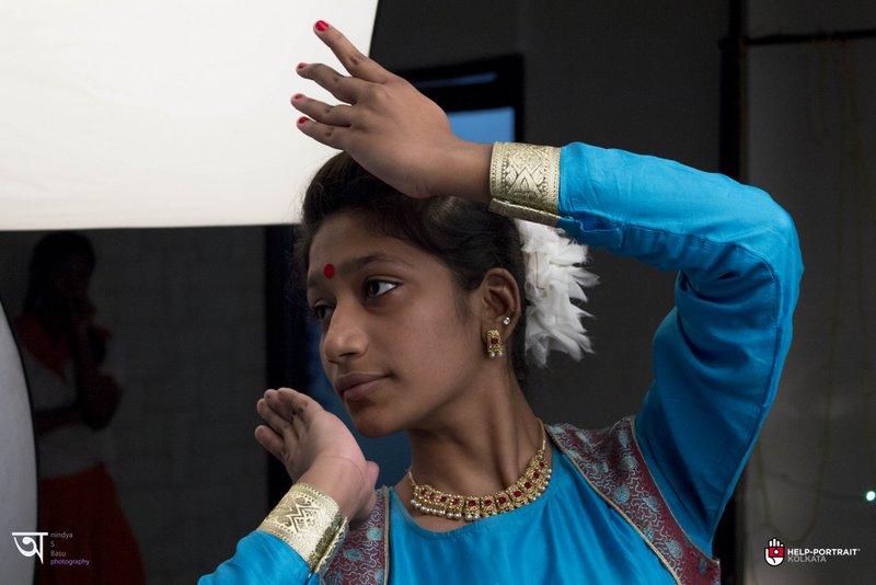 Help Portrait kolkata 2014 Barsha the kathakali dancer with another pose