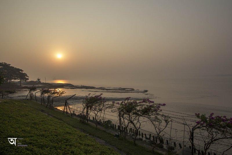 Sunrise at ganga Kutir in raichak on Ganges