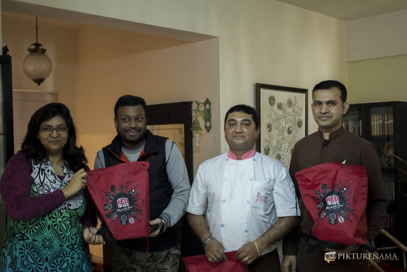 The team of Flurys with RJ Dev and Madhushree with RedFM goodies