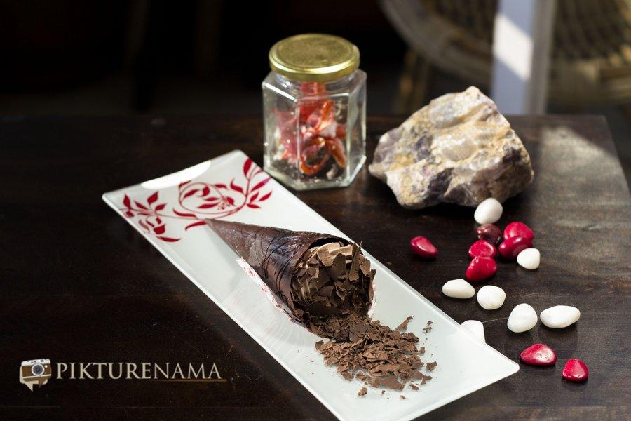 Chocolate Cone at Creme caramel Kolkata reviewed by pikturenama