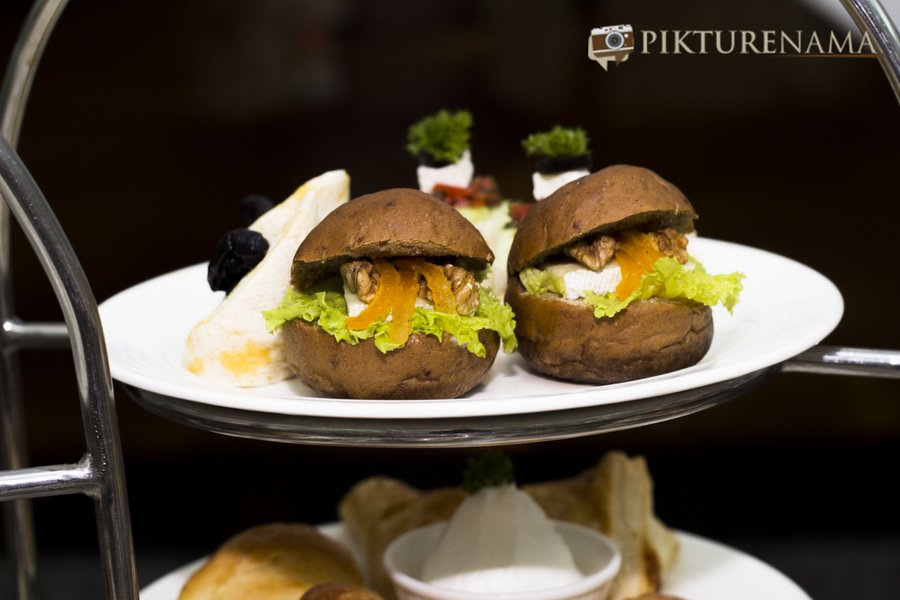pikturenama at The Lalit Great Eastern Kolkata Tea Lounge - savouries