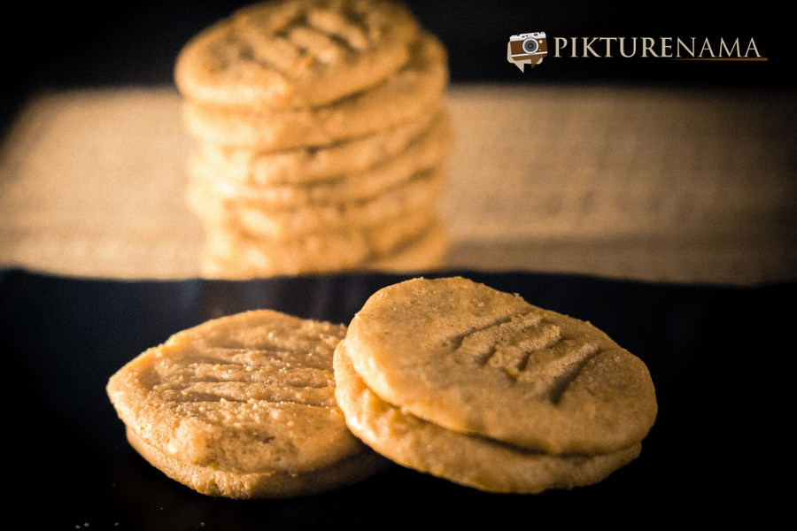 Peanut butter cookies – Tugga the baker .