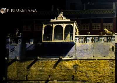 Varanasi ghats by nights by pikturenama - 17